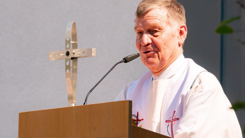 """Pfarrer Hawighorst sagt """"Auf Wiedersehen"""""""
